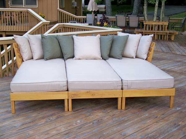 Black Locust Lounge Set